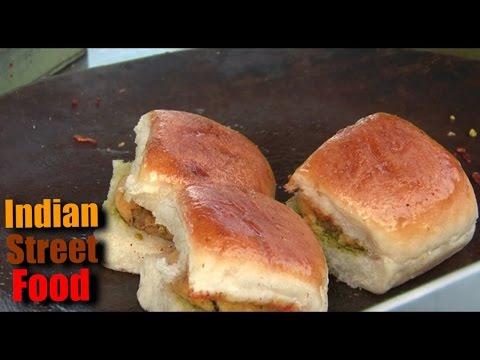 indian street food breakfast - pav vada & bhajiya - indian street food mumbai 2016