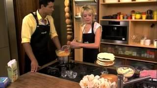 Selati: Naked Lemon Sponge Cake With Lemon Cream Filling (7.2.2013)