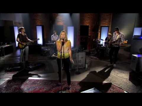 Colbie Caillat - Begin Again - Live Walmart Soundcheck