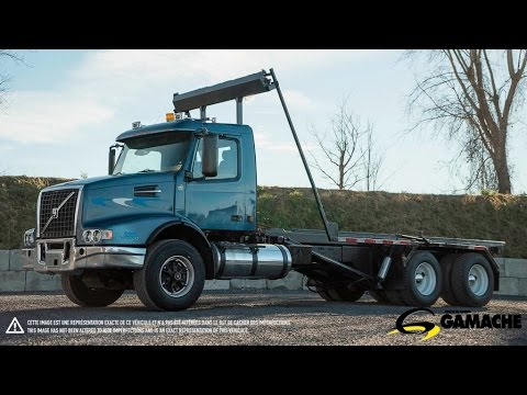 2002 VOLVO VHD 23' ROLL OFF C22236 TRUCK FOR SALE  YouTube