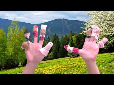 Игры с пальчиками. Паровозик едет в гору.