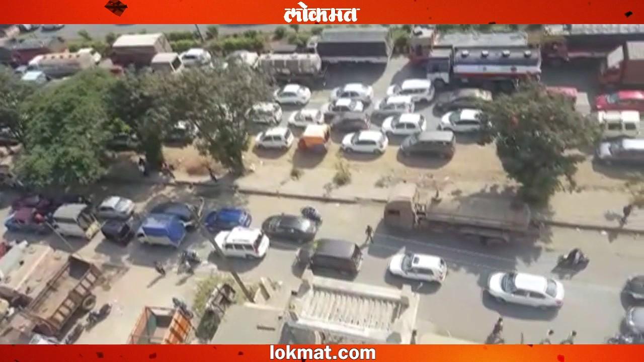 Thane Road accident 16 passengers injured