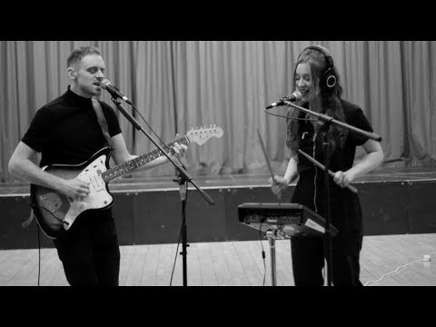 FØNX - Difficult (Live session)