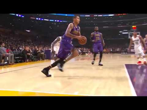 Kyle Kuzma dunk over Anthony Davis
