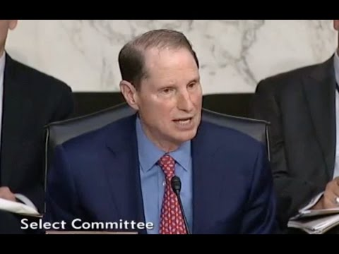 Sen Wyden Asks If It Was Wrong For Trump To Ask Comey About Investigation