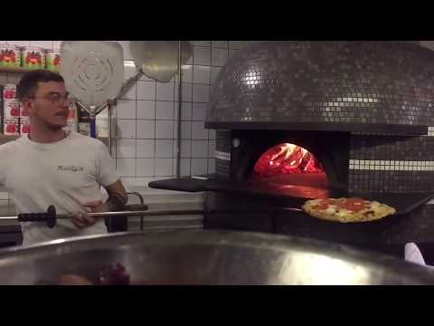 the-best-pizza-in-manchester:-rudy's-restaurant-authentic-neapolitan-pizzas