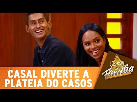 Casos de Família (07/06/16) - Casal convidado diverte a plateia do Casos!