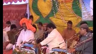 Arif Feroz Qawal Uras Baba Taj Din 2012 Part 4