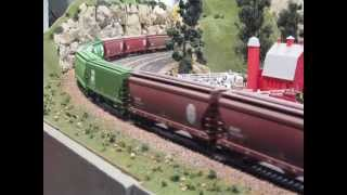 HO Scale BNSF Model Trains With Sound.