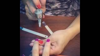 Процесс обучения аэрографии на ногтях