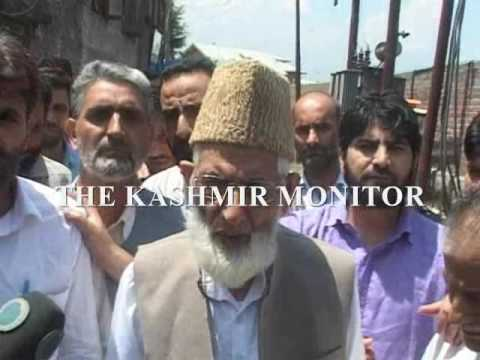 Jamia Masjid Chalo: Geelani detained outside his Hyderpora residence