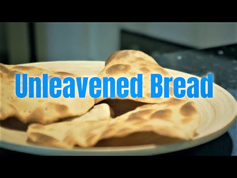 How To Make Unleavened Bread -- Matzo Recipe For Pesach/Passover