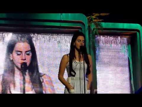 Lana Del Rey - Heart-Shaped Box (live) - Oslo Spektrum, Oslo - 10-04-2013