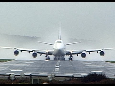 Dramatic 747 Take Off From Bournemouth, Hurn Airport - Plato Video - 18.11.02