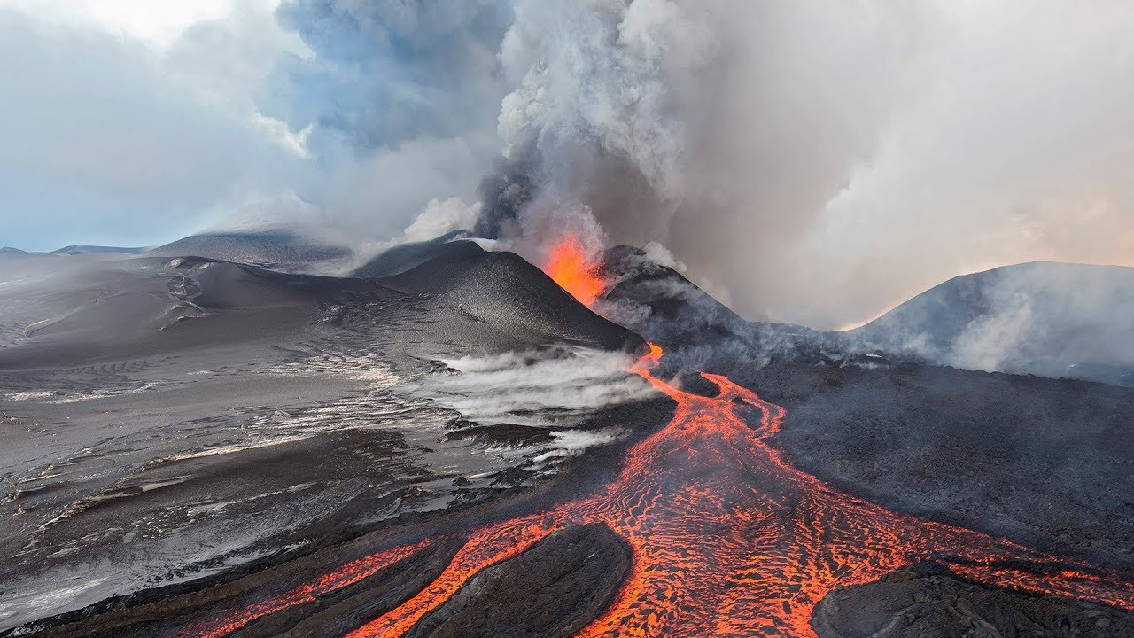 impacts of volcanic eruptions on urban communities Volcanic eruptions will produce a number of hazards, some of which will make their effect felt hundreds of kilometres distance from the volcano volcanic planning differs from.