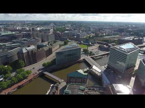 DJI Phantom 4 Drohnenvideo - Die Speicherstadt Hamburg [4K]