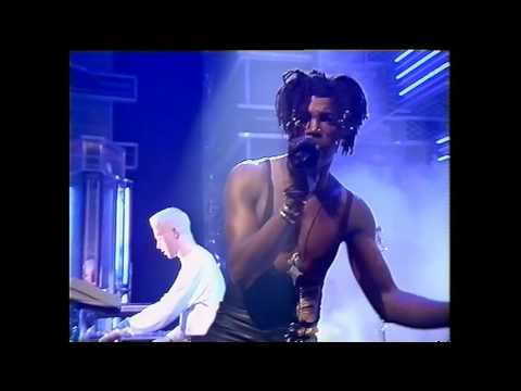 Adamski Feat' Seal   Killer - 1990 Top of the pops