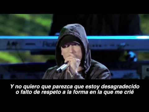 Eminem Ft.Sia - Guts Over Fear Live HD (Subtitulado Español)