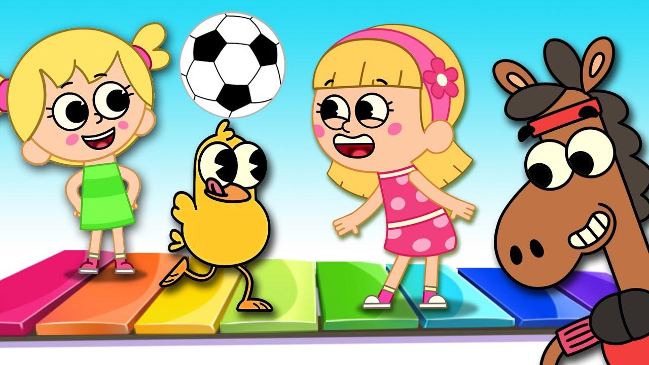 A MÚSICA DO FUTEBOL NO PARQUINHO COM A ELIS   Campo das Crianças   Vídeos para Crianças