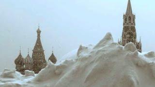 Москва, 31 декабря 1942 новая станция метро Автозаводская открыта . Страна встречает новый год, СССР