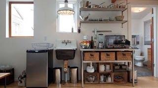 Как сделать дачный домик из гаража(Дачный домик. Дом, который Вы увидите, на самом деле обычный гараж. Посмотрите какую огромную работу по его..., 2014-05-31T16:51:59.000Z)