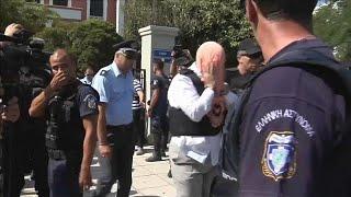 Yunanistan 39 da sığınmacı askerlere tutklama kararı kaldırıldı