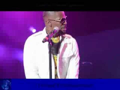 Jamie Foxx- I Don't Need It (Live at 9th Annual Jazz In The Gardens)