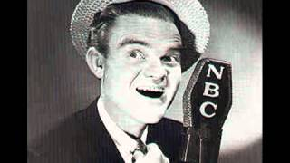 Spike Jones and His City Slickers - Varsity Drag