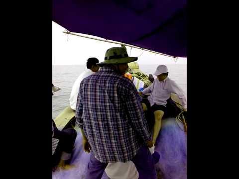 Câu cá ngoài khơi biển Vũng Tàu - đồn Biên Phòng