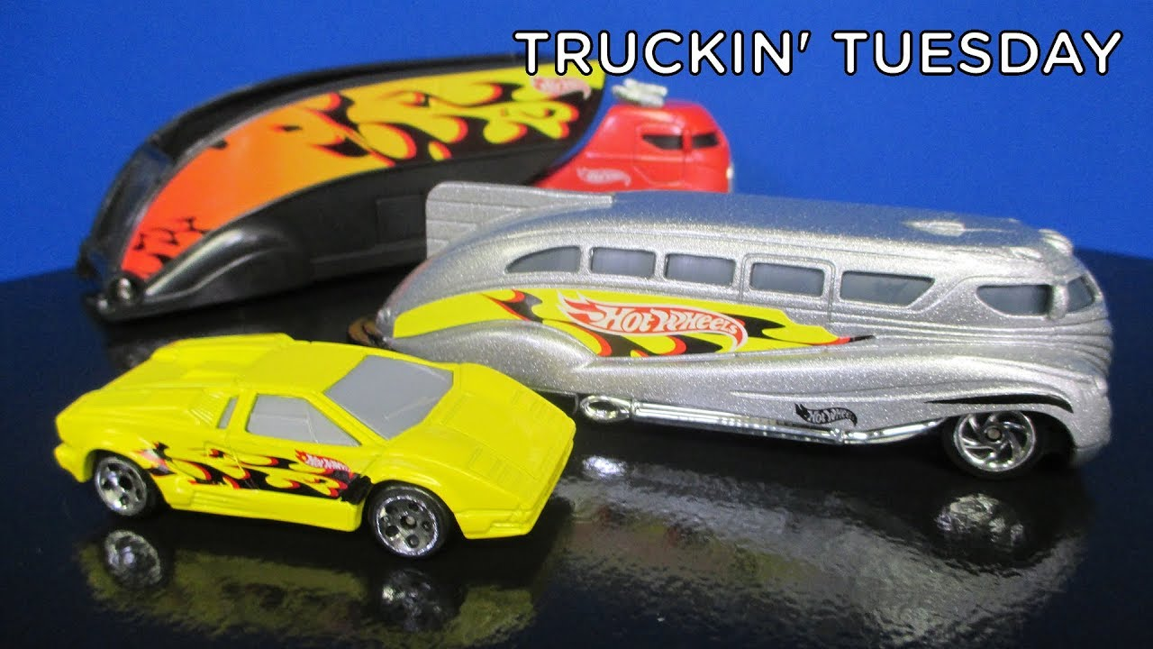 truckin 39 tuesday hot wheels super race rigs with exclusive lamborghini countach youtube. Black Bedroom Furniture Sets. Home Design Ideas