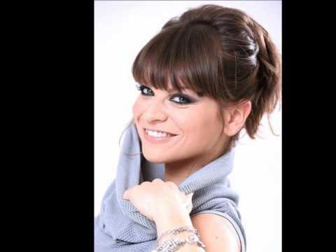 Alessandra Amoroso- Arrivi tu
