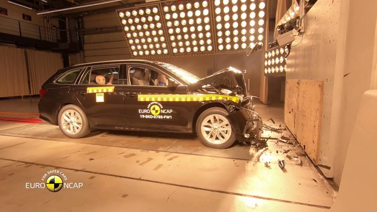 Euro NCAP Crash & Safety Tests of Škoda Octavia 2019 - YouTube