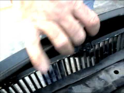 ipd Volvo Grille install S40/V50/C30 2005- - YouTube