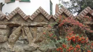 ガウディ建築 サクラダファミリア カサミラ グエル公園.