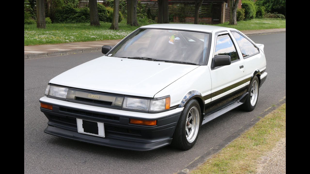 ae86 corolla review with itb 39 s a toyota legend with 170bhp performancecars youtube. Black Bedroom Furniture Sets. Home Design Ideas