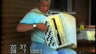 Erkki Vainionpää musisoi 1993
