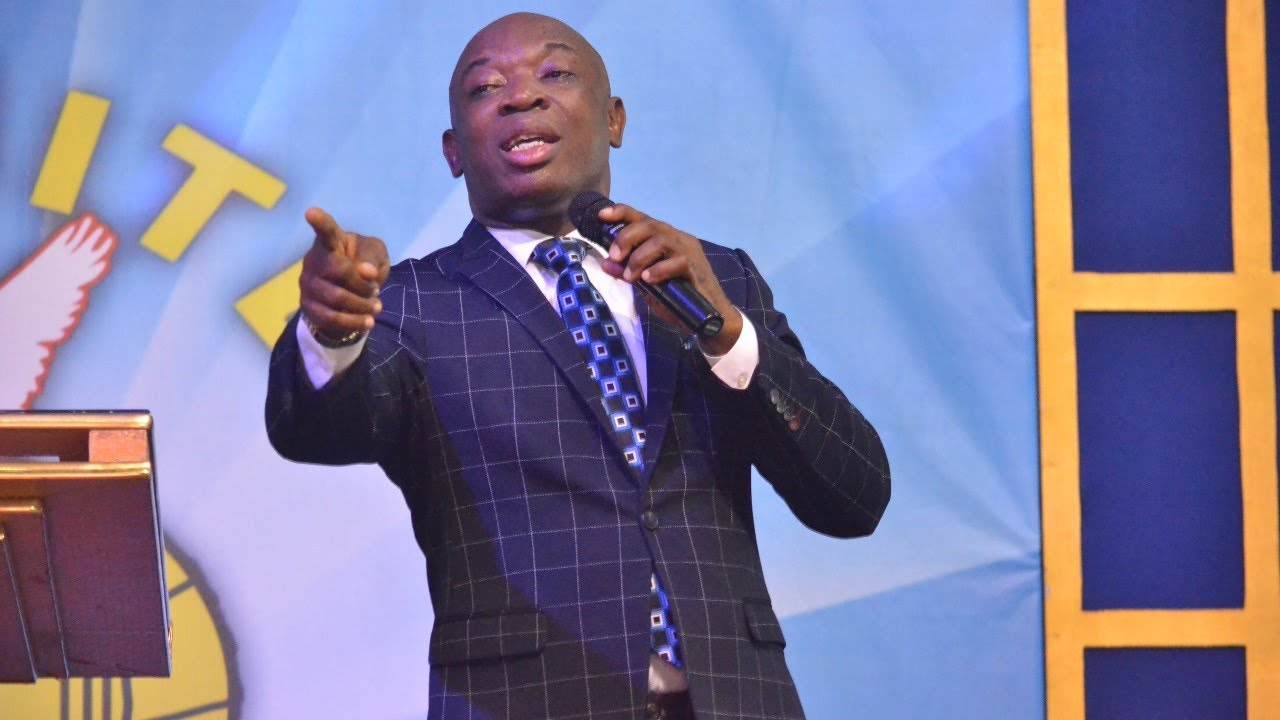 Download MOMENT OF WORSHIP WITH EVANG: Kingsley Nwaorgu. 15-8-2020