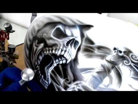 Airbrush Painting Reaper skull   Vulcan tank   by Igor Amidzic