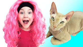 Liza and her cat  fun play at home | SKORIKI