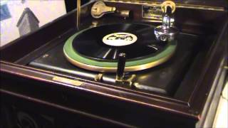 "1927 ""VARSITY DRAG"" Played On Edison Diamond Disc Phonograph Early Model A-250 (Disc #52109)"