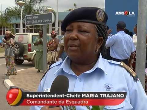 Angola Magazine - Mulher Polícia