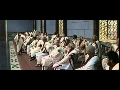 """El Faraón condena a Moisés y nombra a Ramses como nuevo Faraón de Egipto """"Los Diez Mandamientos"""" 36 from YouTube · Duration:  2 minutes 26 seconds"""