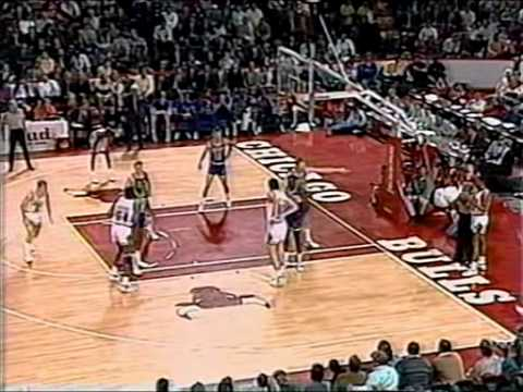 Michael Jordan Triple Double in 21 Minutes
