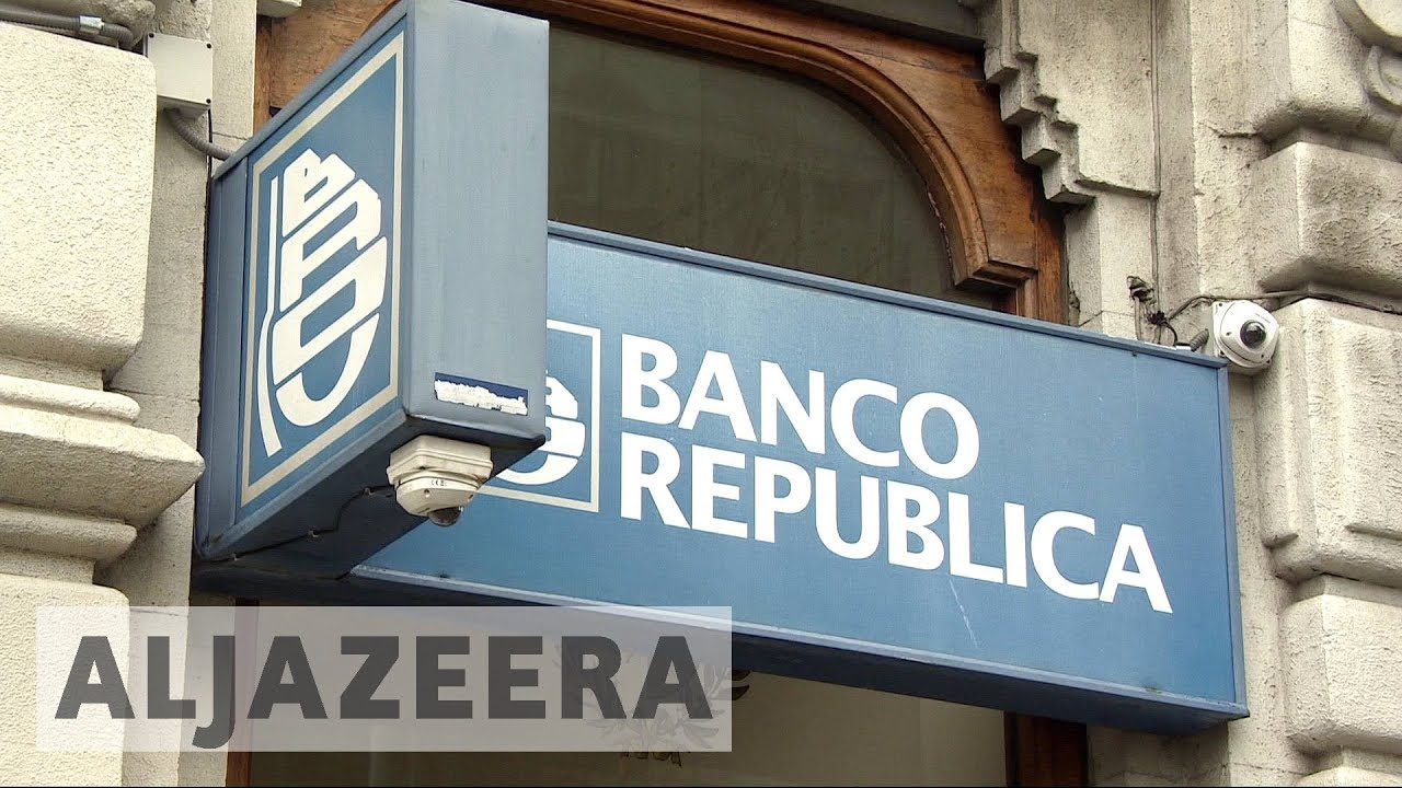 Uruguay's legal marijuana business faces challenges by banks