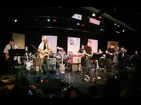 Santana Europa - Michael Thompson Guitar Solo at Annual Carlos Vega Memorial Concert