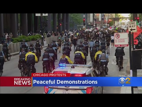 Protests In Chicago Remain Peaceful Saturday As Police Maintain Strong Presence