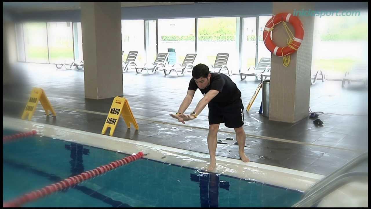 Nataci n 8 tirarse de cabeza youtube for Tirarse a la piscina