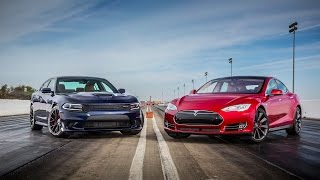 2015 Dodge Charger Hellcat srt vs 2015 Tesla Model S P85D