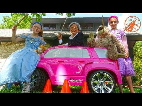 Little Princesses 16 -The Big Magic Princess Pink Carriage And The Girls Car Race