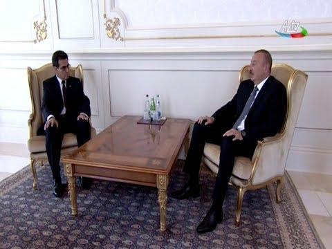 Президент Азербайджана принял верительные грамоты новоназначенных послов